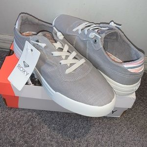 Roxy sneakers NWT